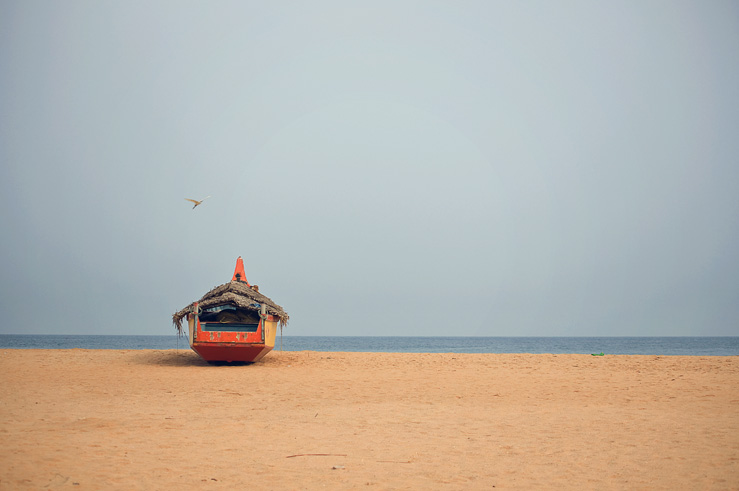 071 - boat at azhimala