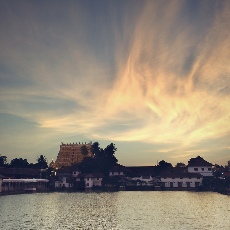 090 - sunset pswamy temple